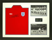 FOOTBALL SHIRT FRAMING WITH 2 PHOTOS AND PLAQUE